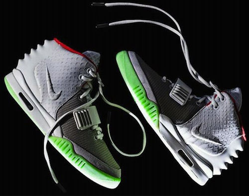 Nike-air-yeezy-2-wolf-grey-pure-platinum-00