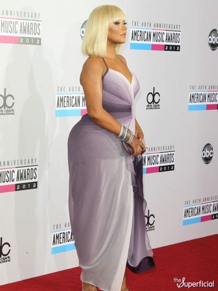 Christina-aguilera-american-music-awards-1119-15-435x580