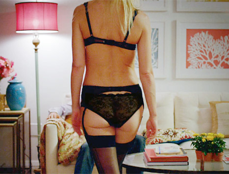 Gwyneth-paltrow-back-view-lg